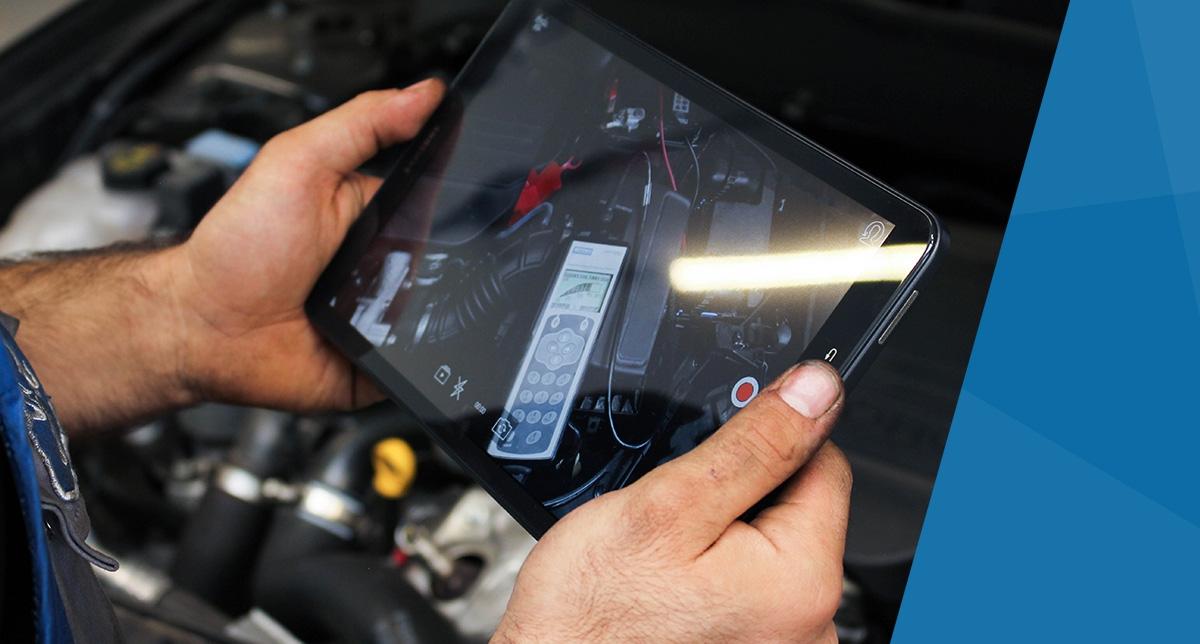 Van Hak Deuren : Persberichten autobranche signalen